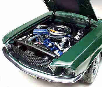 AUTOart Mustang model - Engine View