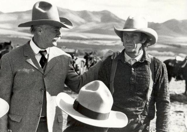 Richard Farnsworth as John C. Coble and Steve McQueen as Tom Horn 54e4889e5a1b